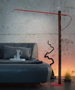 Spalvotas LED toršeras FLAMING su medžiu dengtu stovu