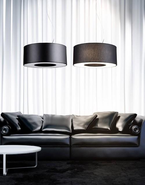 Juodos spalvos Lubinis pakabinamas šviestuvas didelėms erdvėms Ramko TUBUS svetainėje