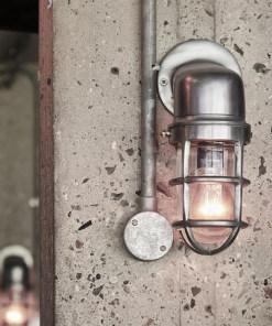 Sieninis šviestuvas su grotelėmis BROOKLYN interjere