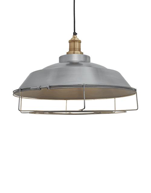 Šviesaus alavo spalvos lubinis pakabinamas šviestuvas STEP su žalvario laikikliu ir dekoratyvine apsauga