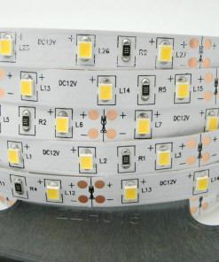 16W/m LED juosta LUXSONN, 2835, DC24, 120 LED/m, 1580lm/m, IP67 (3000K) šiltai balta.