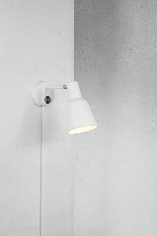 Sieninis šviestuvas PATTON