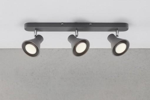 3 lempų kryptinis šviestuvas EIK