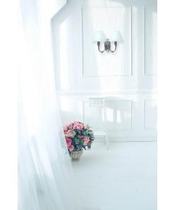 Dvigubas klasikinis šviestuvas su baltos tekstilės gaubteliais